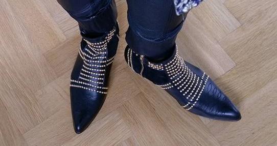 bing-charlie-boot-guld