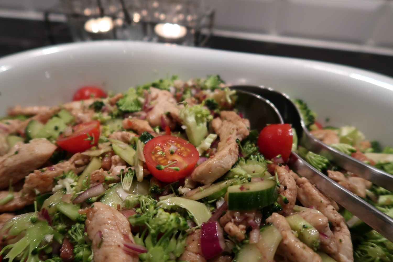 salat-broccoli-kalkun