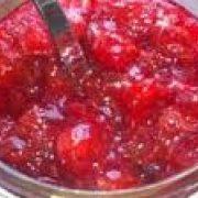 Frisk lynkogt jordbærmarmelade