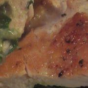 Fyldt kyllingefilet med spinat og parmesan