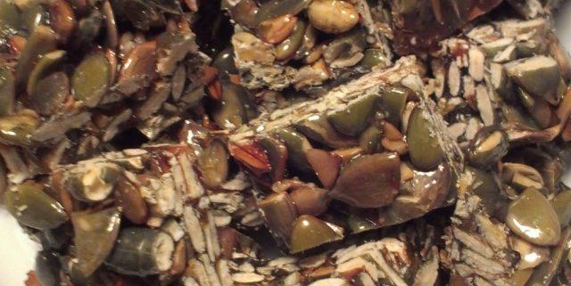 Hjemmelavet knas af græskarkerner