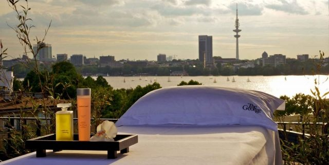I frigear – en forsvunden bil og en tur til Hamborg!