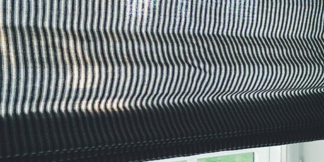 Skønne stribede foldegardiner