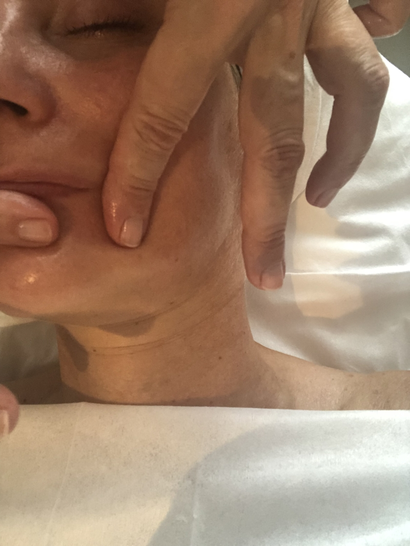 phformula Touch therapy massage