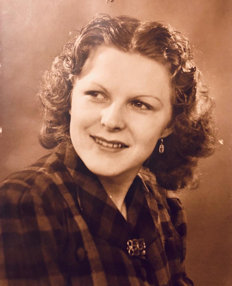 Jeanne Florentine Merville. Jeg fik en kæmpe overraskelse, da jeg fandt hende på Myheritage.