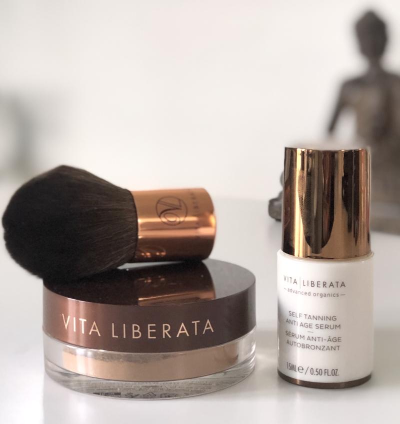 Vita Liberata mineralpudder eller serum med selvbruner - eller en af dem eller brug evt. begge dele.