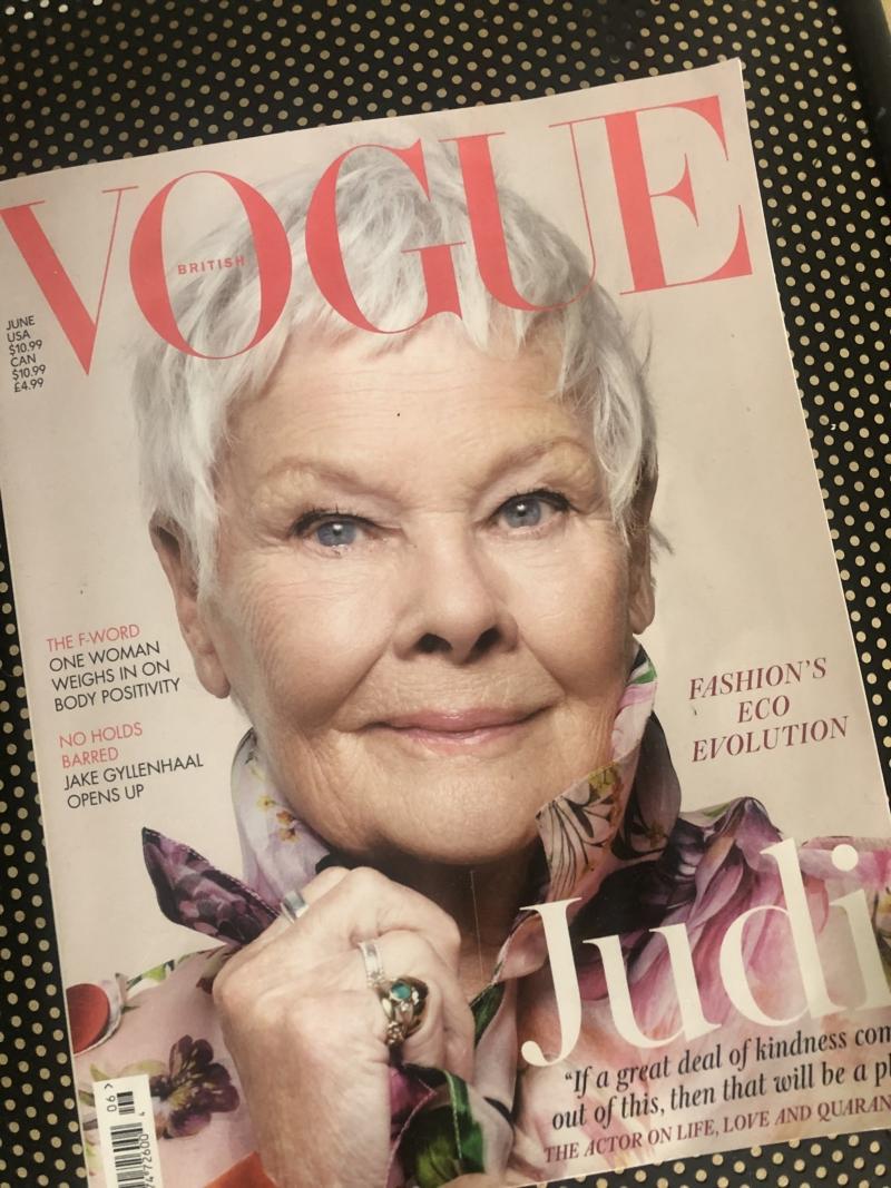 Judi Dench på forsiden af Vouge er en del af en megatrend, der hylder voksne kvinder