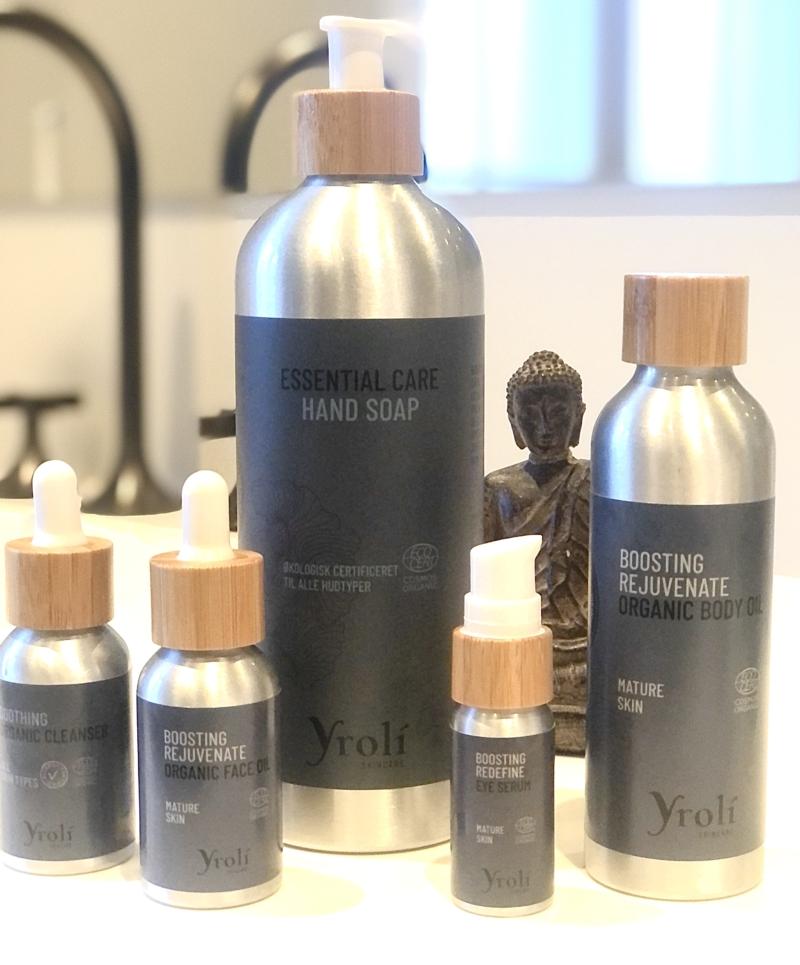 Yrolí har fortjent opmærksomhed og anerkendelse for udvikle produkter uden nogle former for kompromiser på bæredygtighed, råvarer, kvalitet, dokumentation, emballage og økologi.
