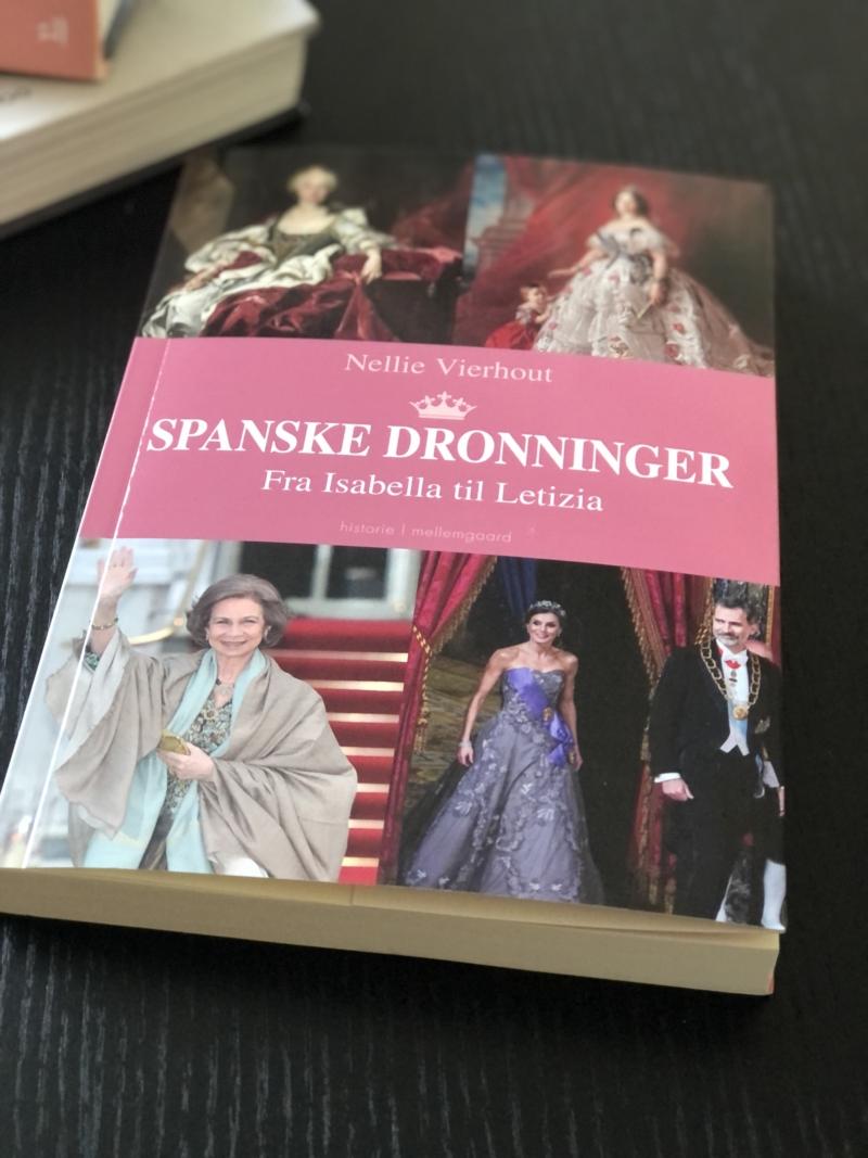 Bogen Spanske dronninger af Nellie Vierhout er som en historisk #MeToo fortælling.