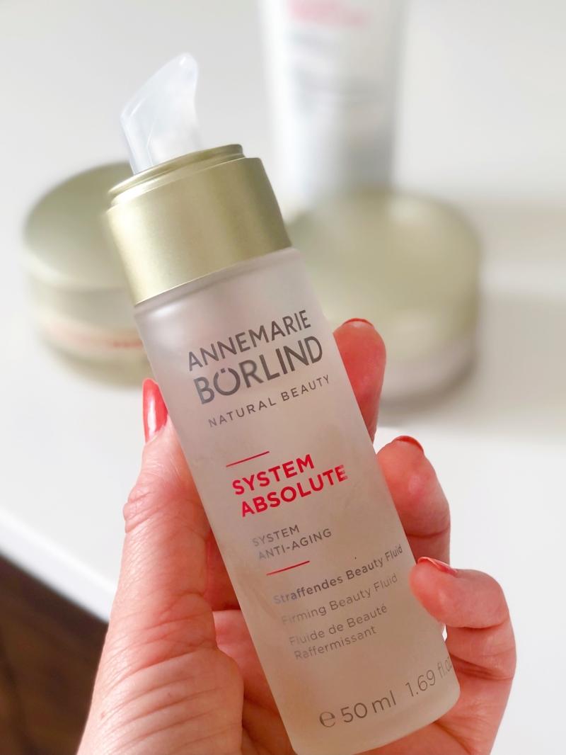Annemarie Börlind Anti-aging System Absolute Beauty Fluid er en serum til tør hud.
