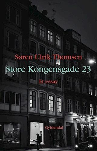 Den kommer til at stå på min reol, hvor jeg vil læse den igen og igen. Jeg lytter faktisk også til den, så fint oplæst af Niels Skousen.