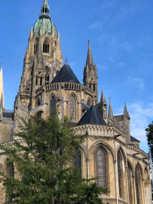 Katedralen i Bayeux.